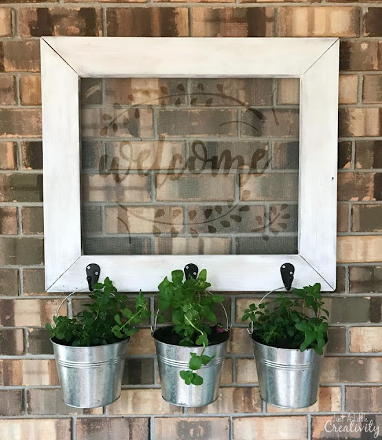 http://www.justalittlecreativity.com/2017/02/diy-outdoor-farmhouse-style-frame.html