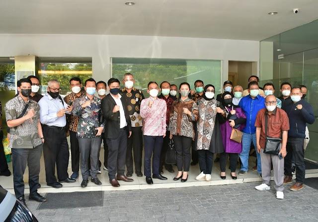 Mampu Tingkatkan Pendapatan di Tengah Pandemi, DPRD Jabar Apresiasi BJB KC Semarang