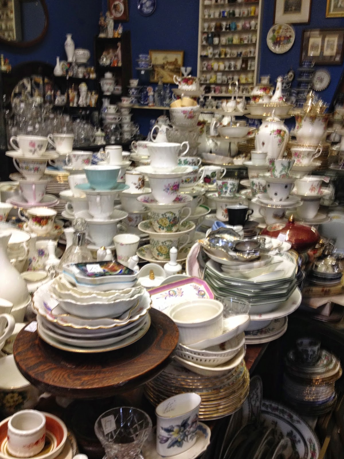 Much Wenlock Antiques shop