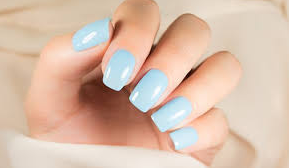 semi-permanent varnish or gel : what are the different nail techniques