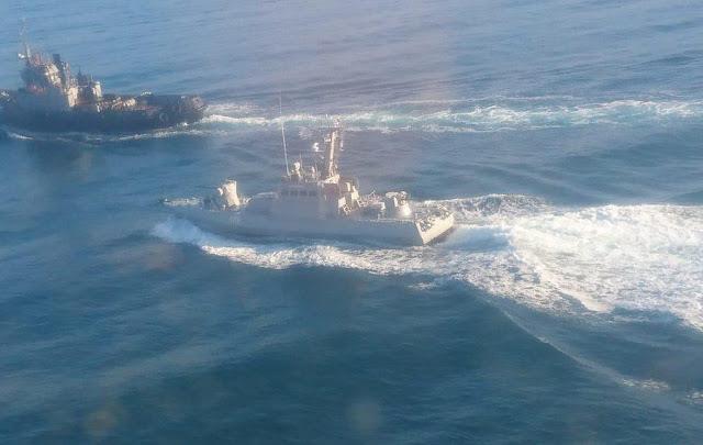 Το Ρωσικό ναυτικό άνοιξε πυρ κατά Ουκρανικών σκαφών – Ένας νεκρός – Spetsnaz κατέλαβαν 2 κανονιοφόρους & ένα ρυμουλκό