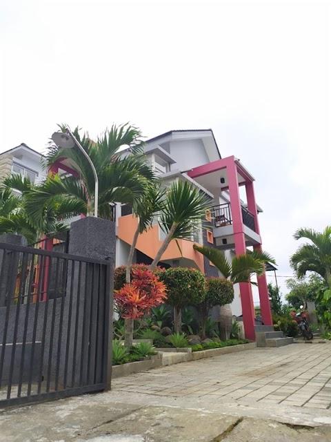 Villa Fasilitas Kolam Renang Anak - Panderman Hills Kota Batu