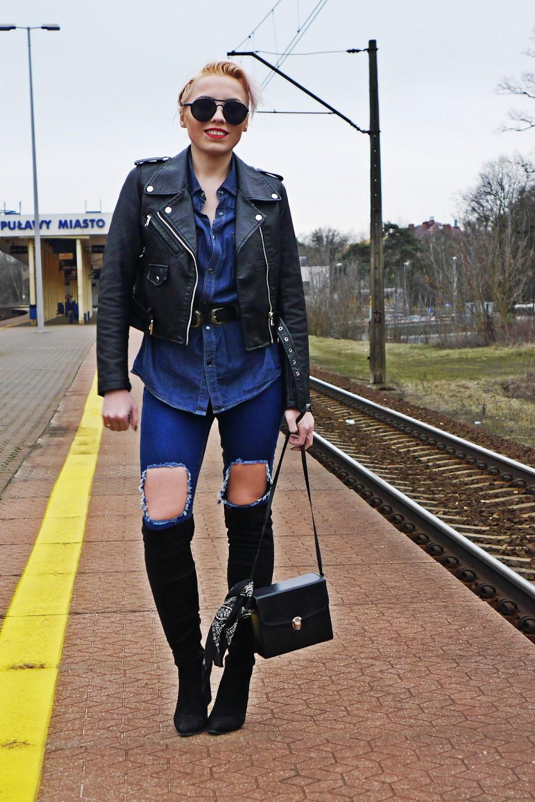 jeansowa_koszula_czarna_ramoneska_kozaki_z_kolano_karyn_look_230217f