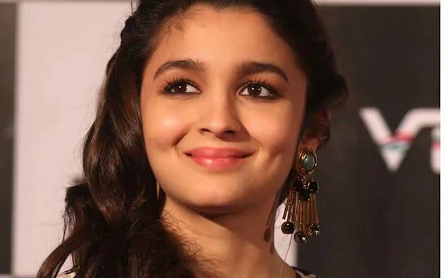 Alia Bhatt Net Worth, Age, Height, Weight, Family, Wiki, Bio