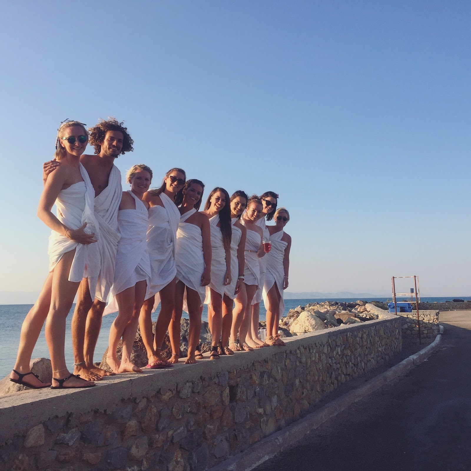 medsailors toga party, misdealers greece review, copper garden