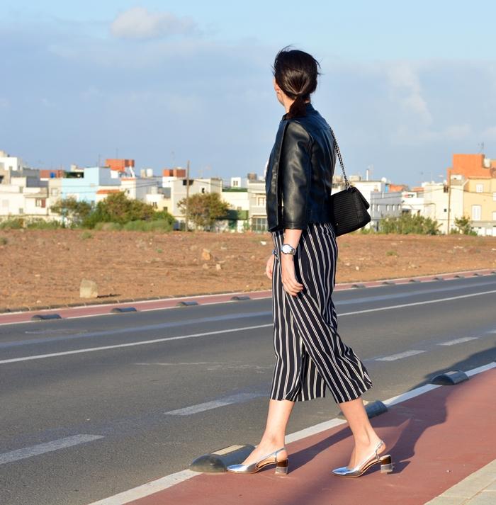 zara-silver-shoes-bershka-culottes