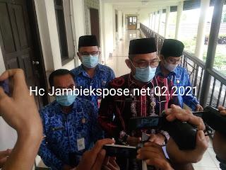 Plh Gubernur Jambi Secara Resmi Membuka Rapat Lanjutan Vaksinasi Tahap Ke-2.