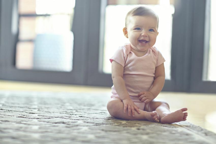 Bebeklerde saçaklı halı tehlikesi