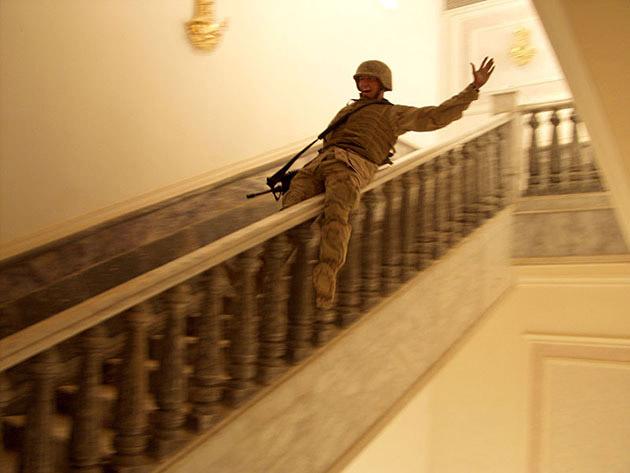 Saddam Hüseyin'in Sarayında Dünya Gaziler Günü