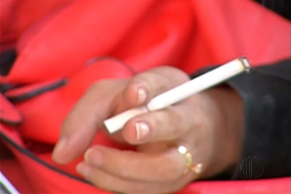 Paraíba é o estado com maior percentual de fumantes diários de tabaco no Nordeste, diz IBGE