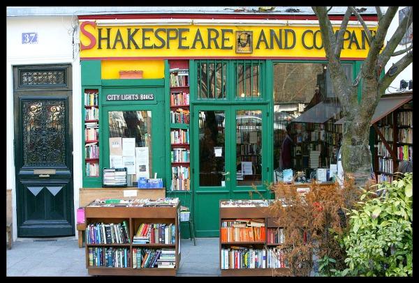 famous bookstore in paris