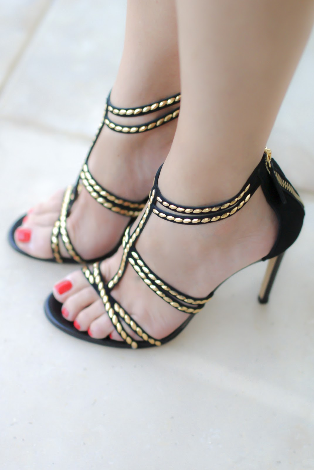 Giancarlo Paoli sandals on Fashion and Cookies fashion blog, fashion blogger style
