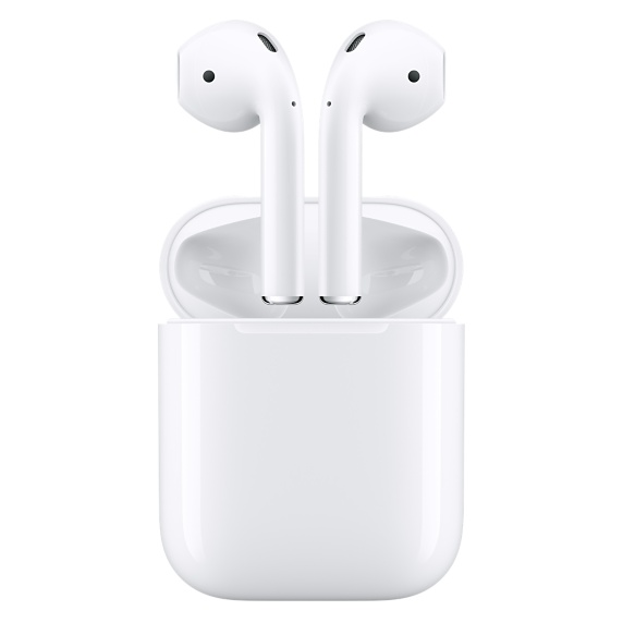 chloeschlothes-airpods