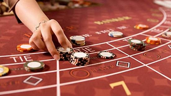 Cách chọn bàn chơi baccarat ăn tiền thật.
