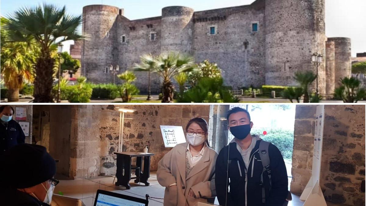 Turisti Castello Ursino