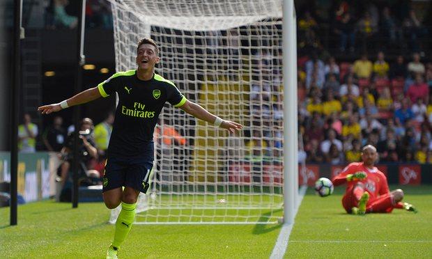 Arsenal resolve em 45 minutos contra o Watford