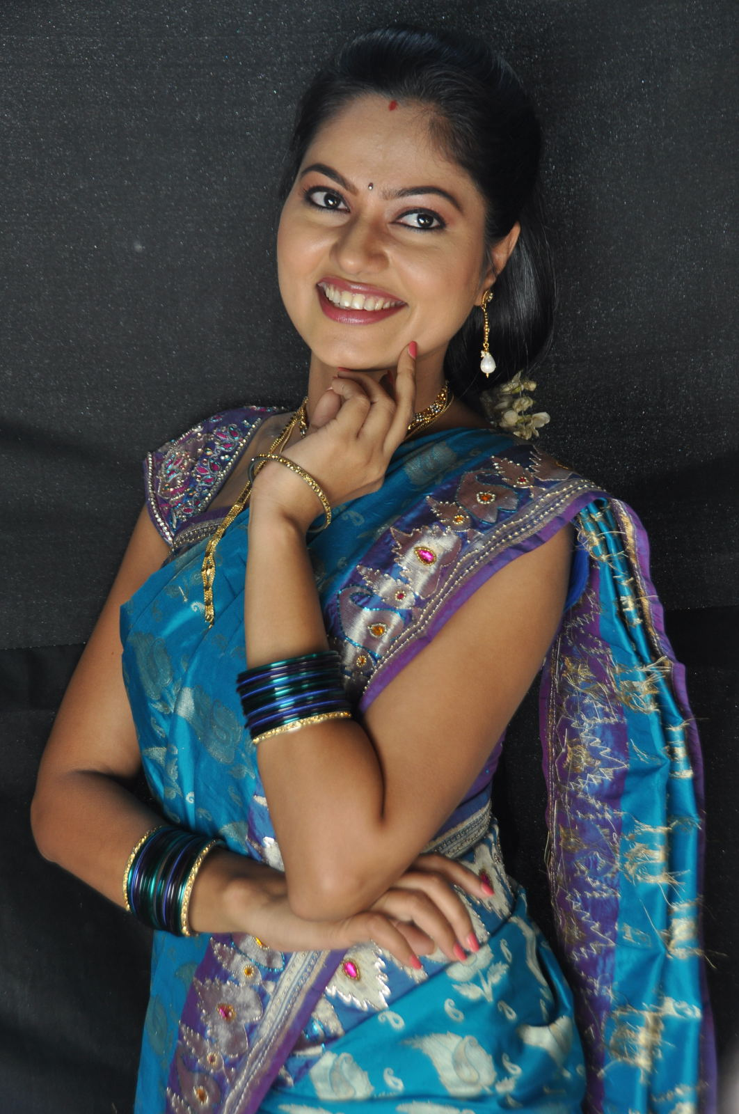 Telugu Tv Actress Suhasini Photos Blue Saree