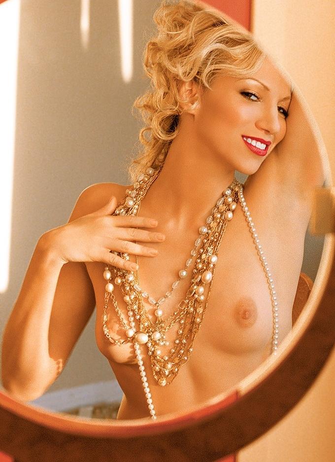 Tiffany Naked Photos