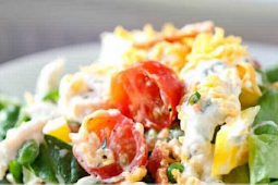 This Ranch 7 Layer Salad Is Loaded Up with Fresh Veggies, Leftover Turkey and a Homemade Ranch Style Dressing