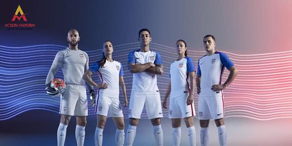 Mẫu đồng phục bóng đá