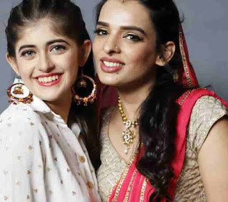 Urvi Singh With Kirti Choudhary