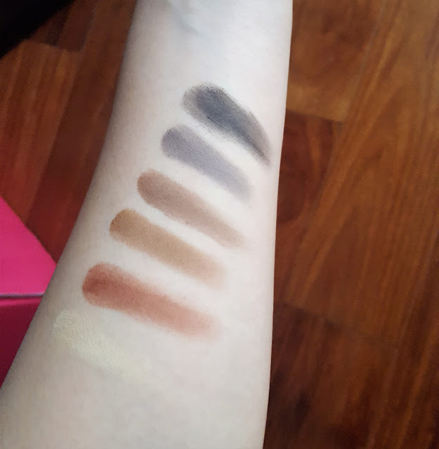 Naked Ultimate Basics Palette Swatches