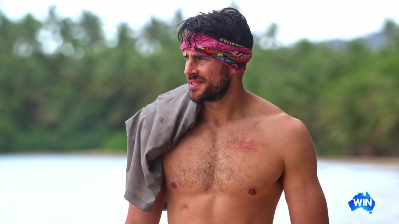 The Stars Come Out To Play: Jason Maza - Shirtless in
