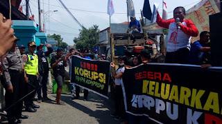 Gelar Aksi Damai, GEBRAK Desak Aparat Adil Tangani Kasus Korupsi