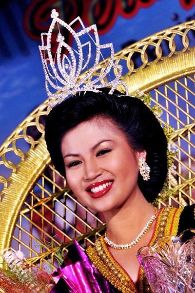 Unduk Ngadau Winner 2011 Sabah