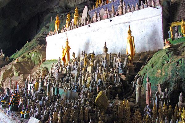 Buddha nelle grotte di Pak Ou (Luang Prabang, Laos)