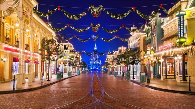 disneyland-paris-magia-del-natale-poracci-in-viaggio