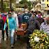 Jorge Portugal é enterrado sob aplausos em Santo Amaro