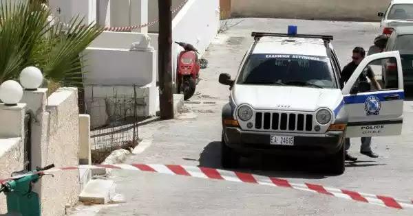 20χρονος Αλβανός δολοφόνησε τον ξενοδόχο στην Σαντορίνη: Τον σκότωσε στο ξύλο και πήγε να τον κάψει με βότκα