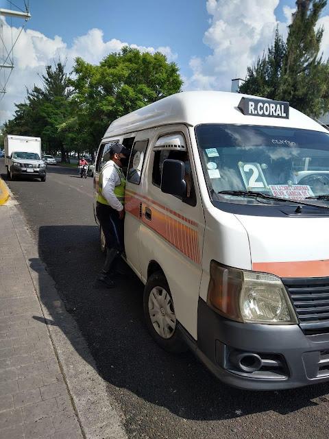 Exhorta Tránsito y Movilidad a utilizar cubrebocas en el transporte público