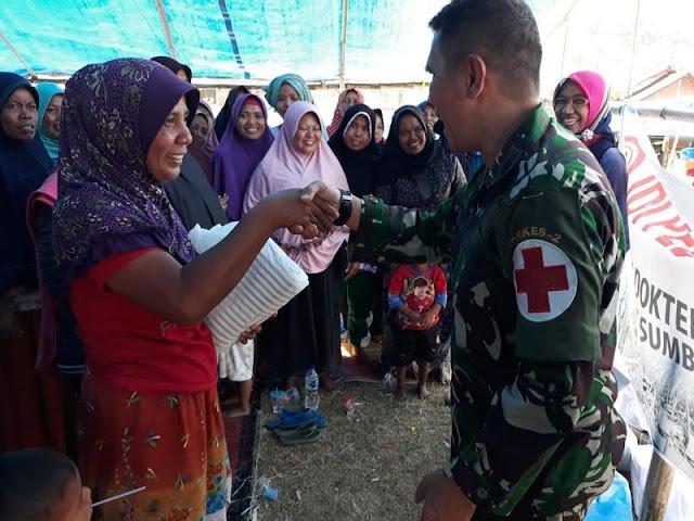 Personel Kesehatan Kogasgabpad Bersama IDI Adakan Trauma Healing Korban Gempa di Sumbawa Barat