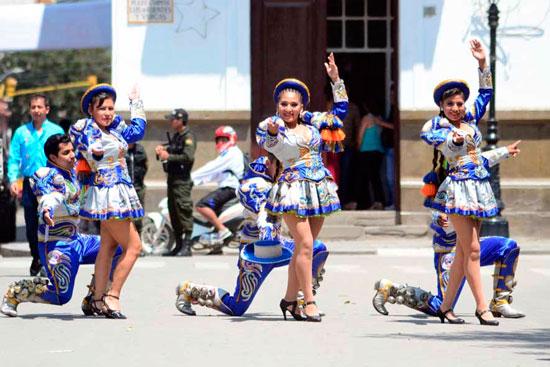 Entrada de la Integración gana espacio en el carnaval de Tarija