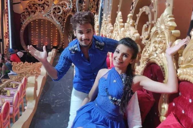 Faisal Khan with girlfriend