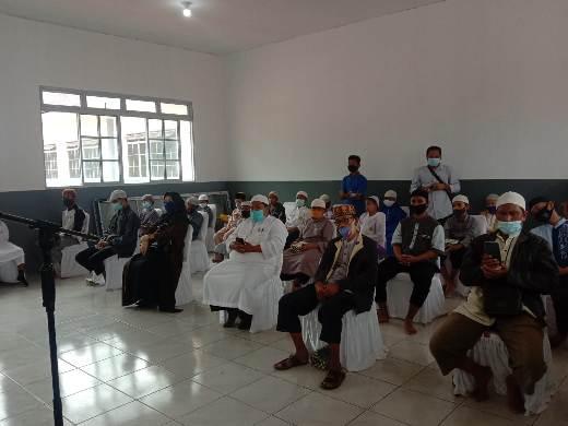Pjs Sekdakab Natuna Menghadiri Peletakan Batu Pertama Pembangunan Masjid Utsman Bin Affan di Kawasan SDIT Anak Soleh Ranai