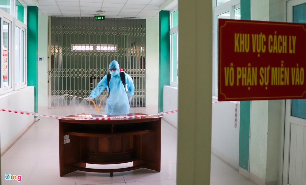 Khử trùng trụ sở CDC Quảng Nam vì có nhân viên mắc Covid-19