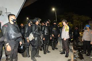 Tinjau Unras di Fly Over Makassar, Kapolda Sulsel: 73 Orang Diamankan, 3 Polisi Terluka