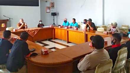 Kesbangpol Kota Solok Selenggarakan Pertemuan Tim Terpadu Satgas P4GN
