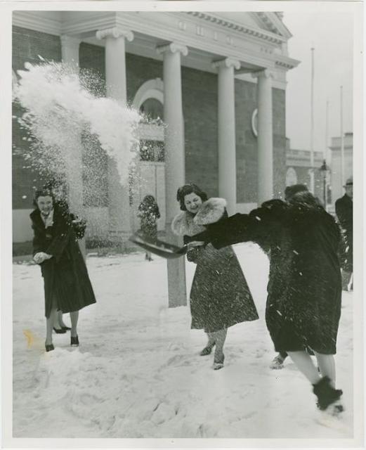 Battle of Snowballs Christmas Photos