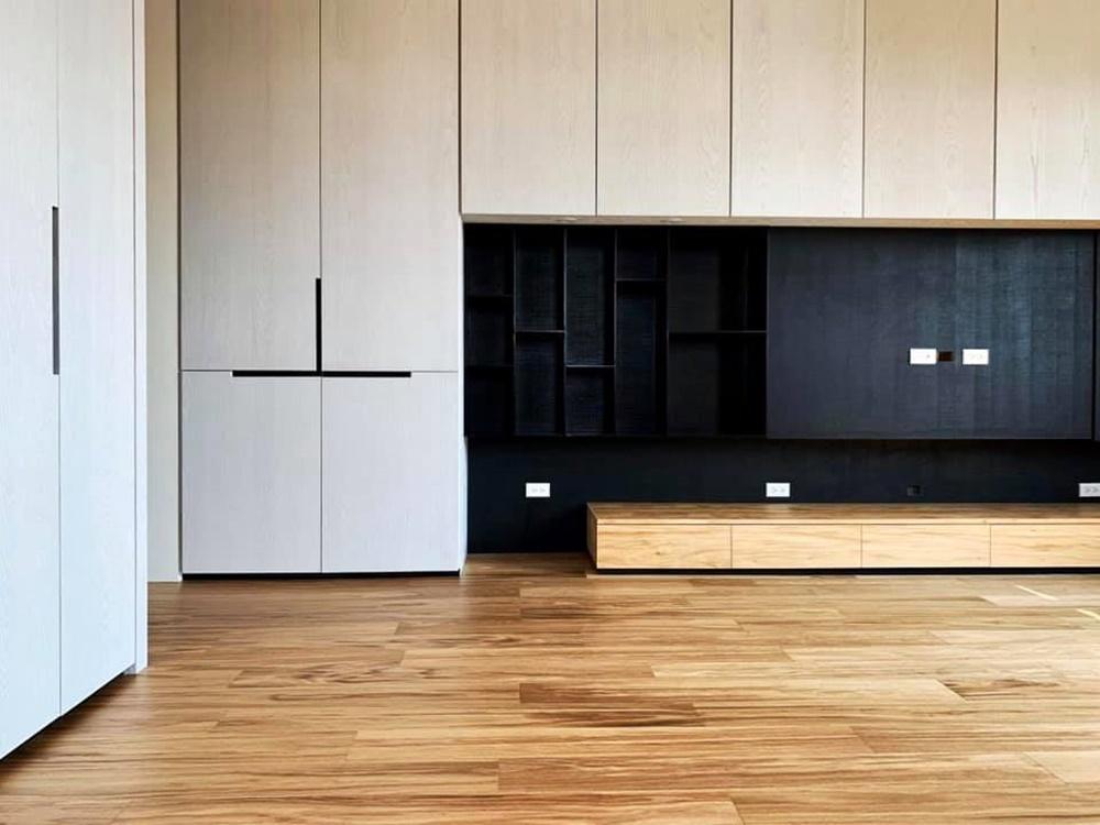 裝潢,建材,撞色,德屋,實木皮板,木地板,分享,案例