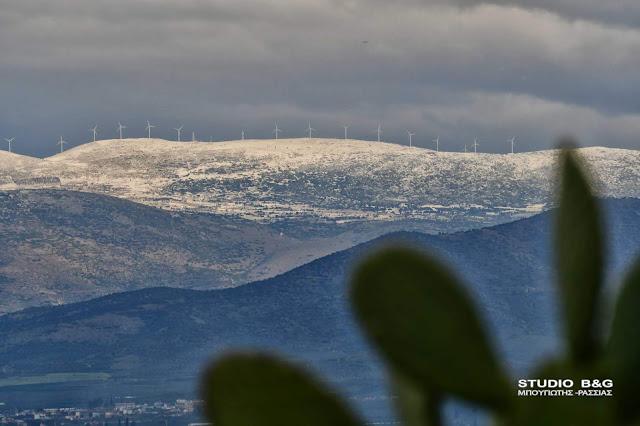 Φρέσκο χιόνι στα βουνά της Αργολίδας