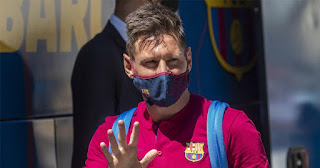 Manchester City believe they have good chance of signing Lionel Messi