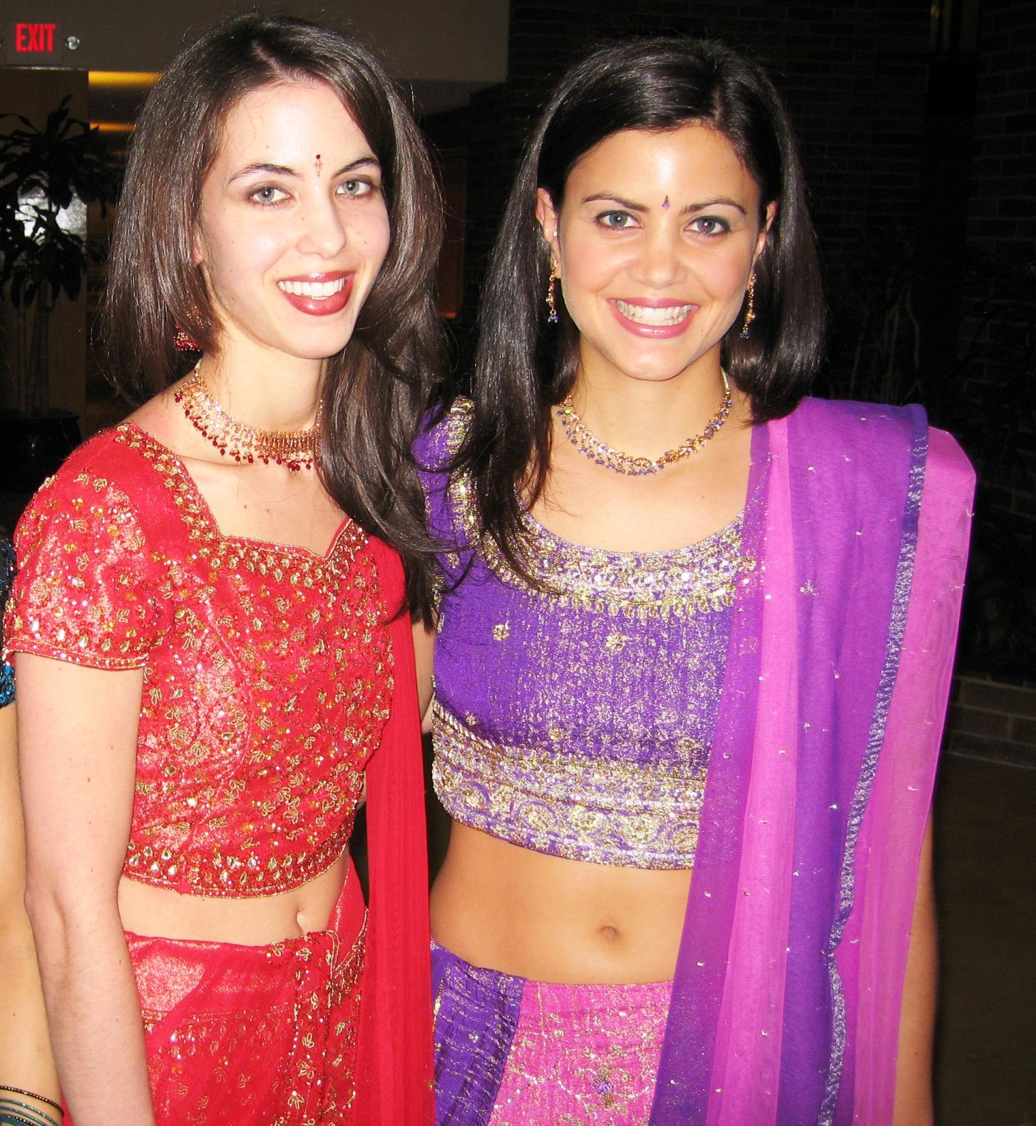 Real Life Saree Navel Photos
