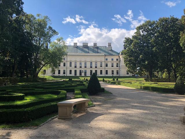 pałac w lubartowie, pałac sanguszków, park w lubartowie