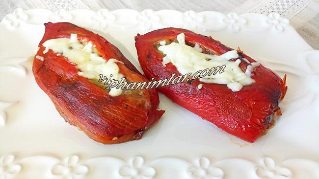 Közlenmiş Biber Yatağında Kıymalı Köz Patlıcan- viphanimlar.com