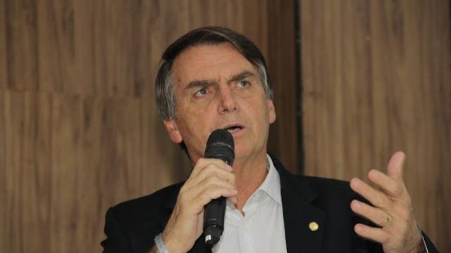 Bolsonaro promete reduzir estatais para 50 se for eleito