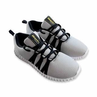 Mantroll Sepatu Sneakers Pria